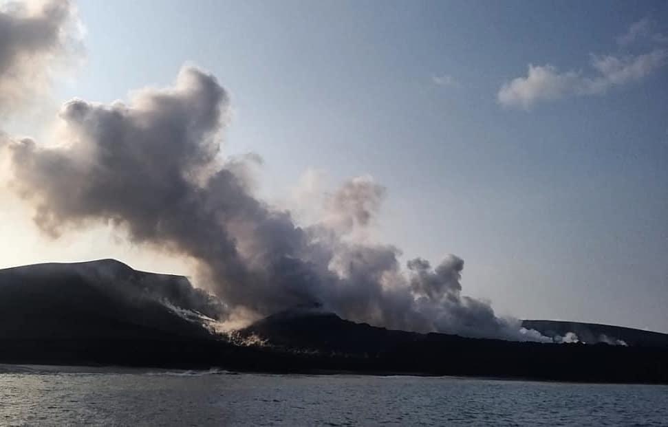 Steaming/degassing from Krakatau volcano on 6 June (image: PVMBG)