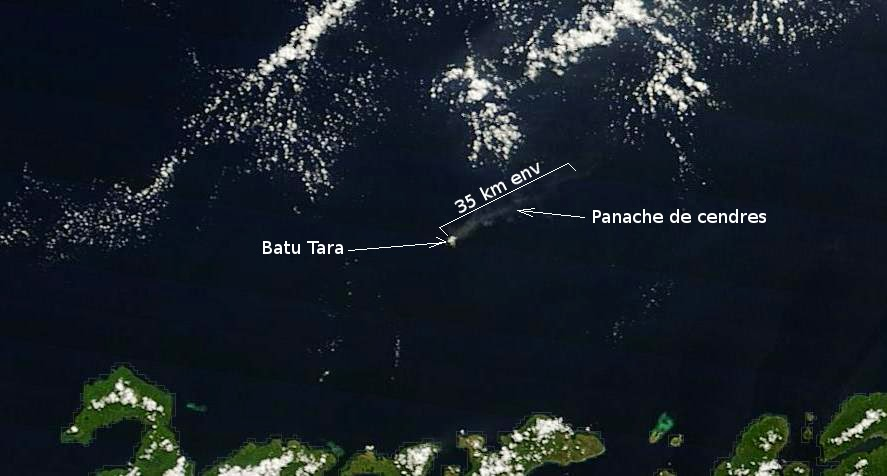 Satellite image from 26 April showing the plume from Batu Tara (MODIS / NASA, annotated by Culture Volcan)