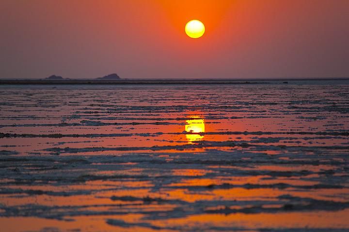 Sunrise over Lake Assale (Danakil, Ethiopia)