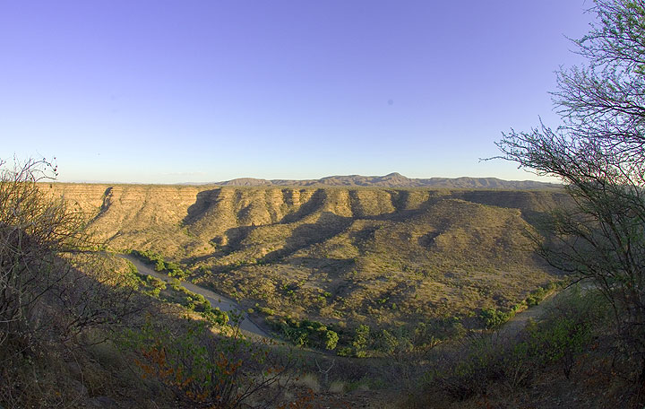 View onto the Awash river who has carved its bed deep into the layers of lava flows of the Rift Valley.