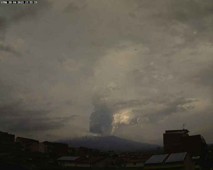 View of the plume from Paterno