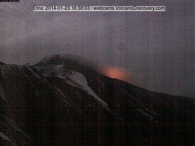 The New SE crater of Etna seen from Schiena dell'Asino this evening