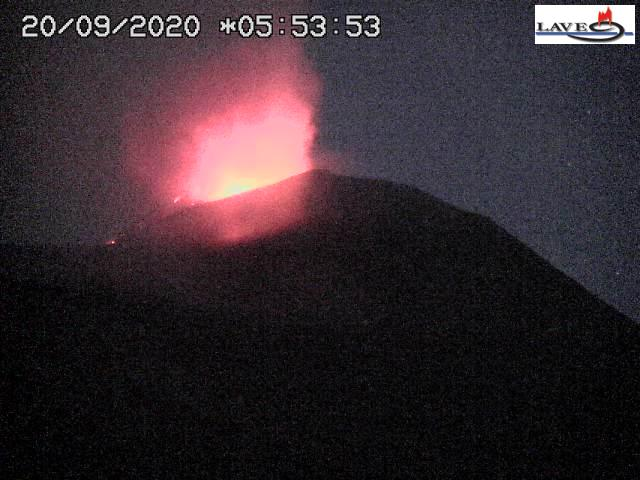 Strombolian eruption from the New SE crater of Etna volcano this morning (Image: LAVE webcam)