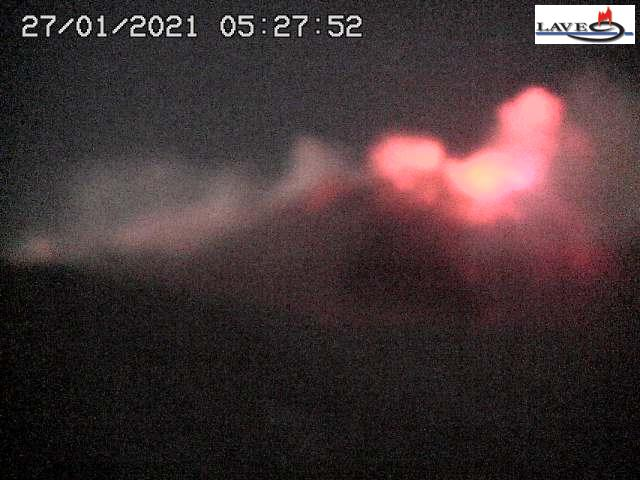 Intense activity at Etna's SE crater this morning (image: LAVE webcam)
