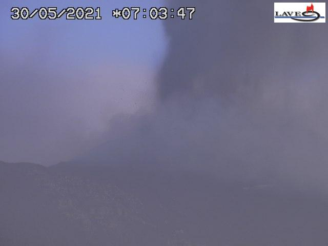 View of Etna's paroxysm in the morning of 30 May 2021 (image: LAVE webcam)
