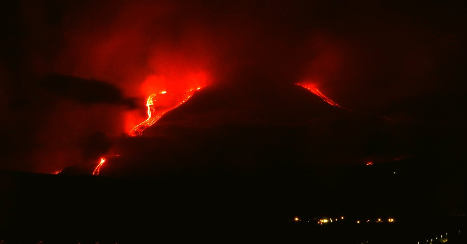 The active lava flows on Etna volcano seen last evening from the east side (image: Boris Behncke / facebook)