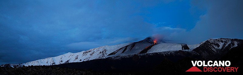 Panoramic view of the Bove Valley at dawn (Photo: Emanuela / VolcanoDiscovery Italia)