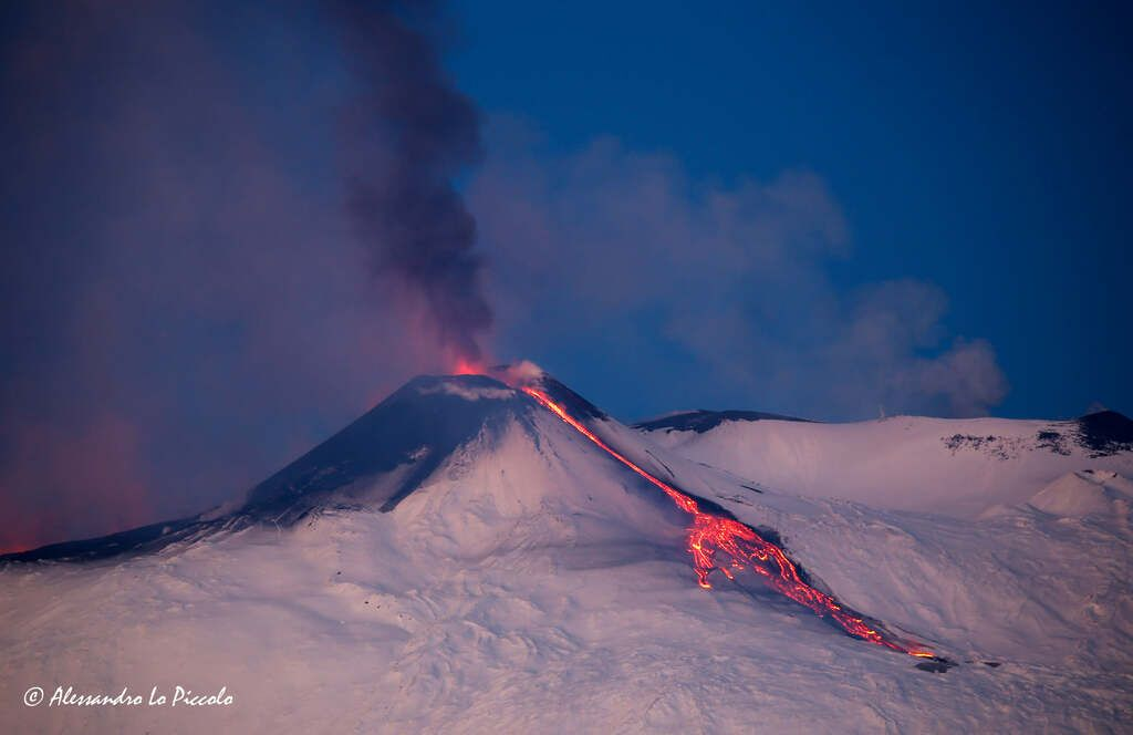 The lava flow on the NE side of the New SE crater (image: Alessandro Lo Piccolo / facebook)