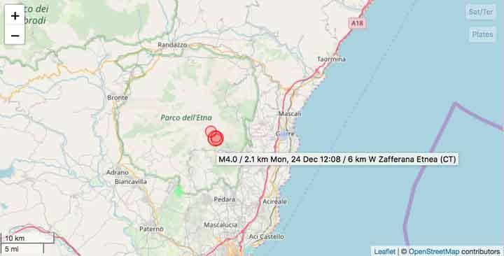 Location of the magnitude 4 quake earlier today under Etna volcano