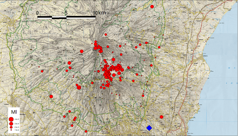 Map of earthquakes around Etna during 24-26 Dec 2018, the M4.8 event from 03:19 on 26 Dec marked in blue (image: INGV)