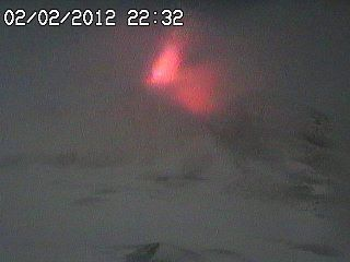 Strombolian activity caught on one of the webcams of Etna (thanks to Vanessa B. on facebook)
