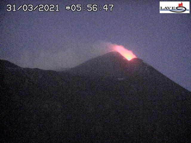 Mild strombolian eruption at Etna's New SE crater this morning (image: LAVE webcam)