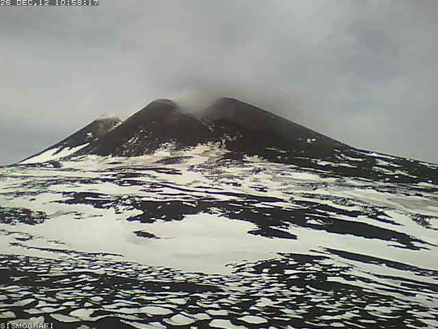 Etna's New SE crater on 26 Dec 2012