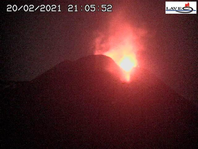 Strombolian explosion at Etna's New SE crater this evening (image: LAVE webcam)