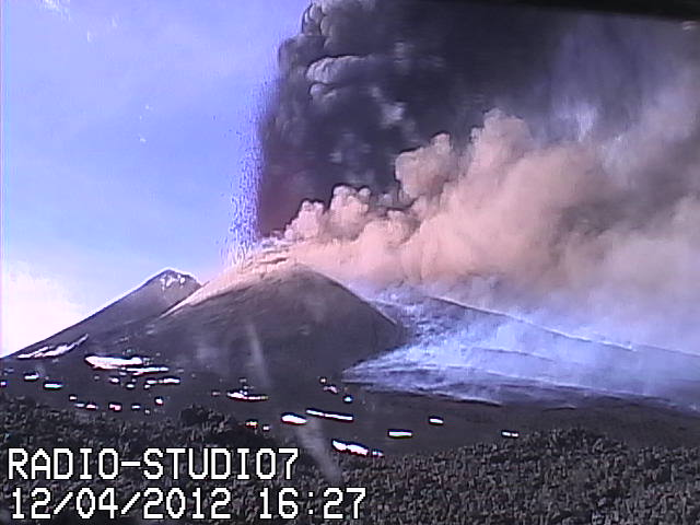 Lava fountains from the summit crater of the NSEC