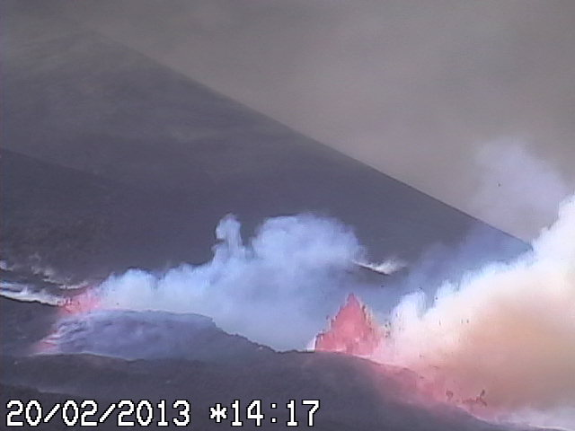 Lava fountains and flow from the lower fissure of Etna's New SE crater