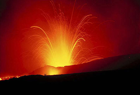 Powerful eruptions from Bocca Nuova (Etna volcano).