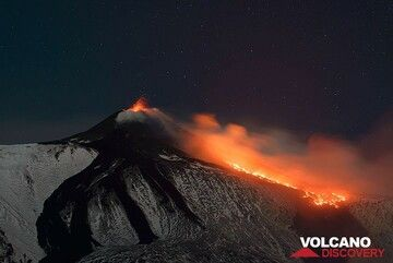 Weak strombolian activity and the lava flow from Etna's New SE crater last evening