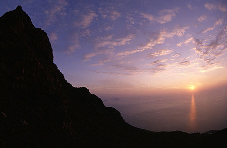 11 Oct 18h f=16mm fisheye from Portella di Ginostra. Spectacular sunset with Panarea at center.