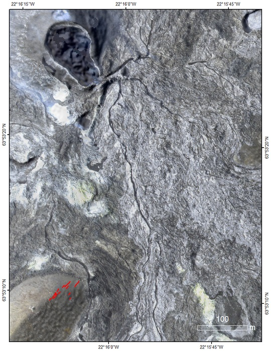 New eruptive fissures are marked as red lines, the main crater is seen in the top left corner (image: IMO)
