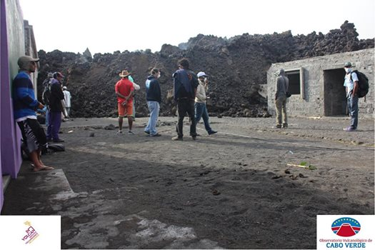 Lava flow in Portela village 3 Dec