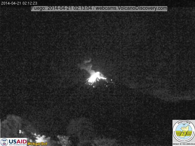Strombolian explosion from Fuego this morning