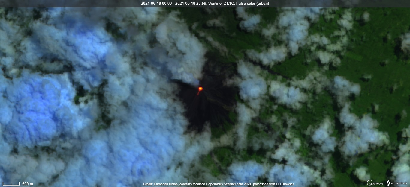 The latest satellite image of Fuego volcano confirms constant glow at the summit crater (image: Sentinel 2)