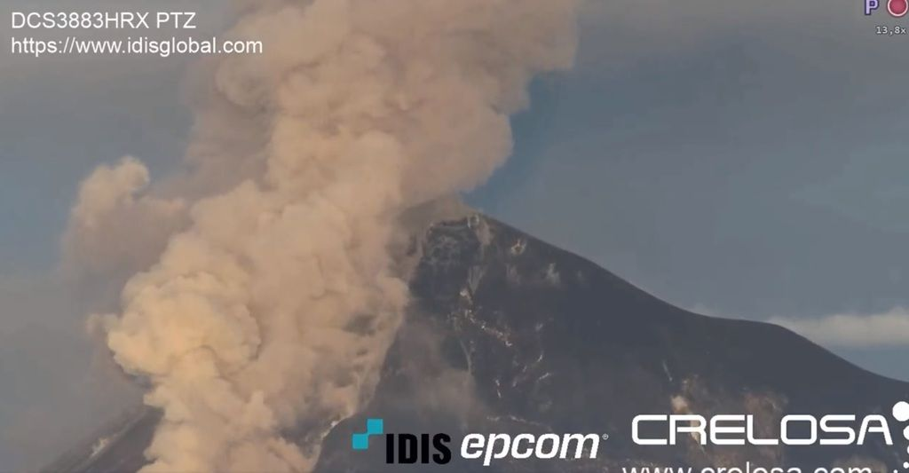 Webcam screenshot from the eruption depicting pyroclastic flows at Fuego volcano yesterday (image: @DavidHe11952876/twitter)