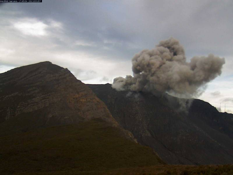 Ash emission from Galeras on 7 March 2013 (INGEOMINAS)