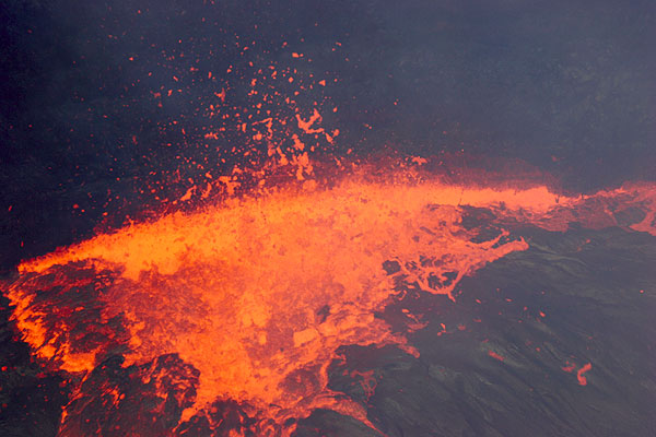 Violent lava fountain from the margin of the lava lake in the East Pond vent