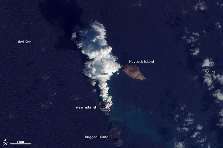 The new island in the Red Sea seen on 23 Dec 2011 (NASA Earth Observatory)
