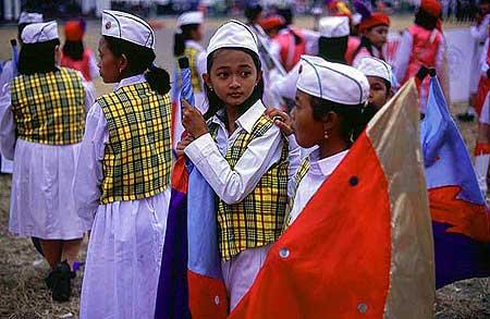 Écoliers le jour de l'indépendance