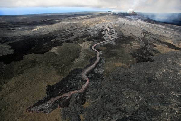 The new lava flow seen yesterday (USGS)
