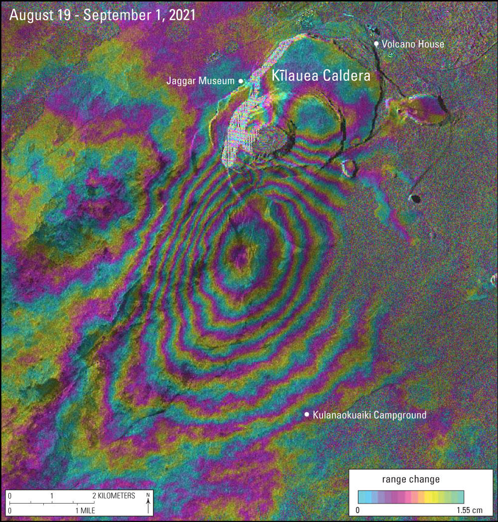 Radar-measured changes of the ground elevation between Aug 19, and Sep 1, 2021, calculated by the difference between two radar images taken by the Italian COSMO-SkyMed satellite on these dates. Each colored ring cycle corresponds to a vertical movement of the surface of 1.55 cm (image: HVO / USGS)