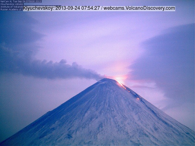 Klyuchevskoy volcano last evening (this morning GMT) with glow from the active lava flow