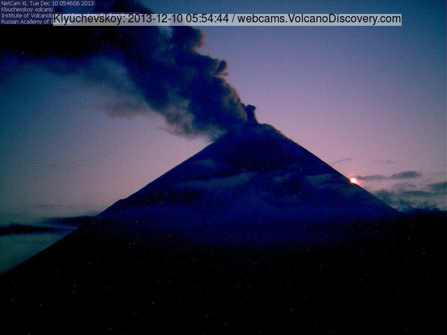 Strong ash emissions from Klyuchevskoy this morning (evening in Kamchatka)