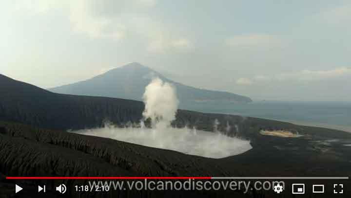 Steaming from Anak Krakatau's crater on 17 June 2019 (image: Galih Jati / VolcanoDiscovery Indonesia)
