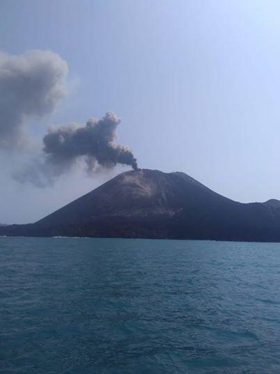 Ash eruption from Krakatau on 19 June 2018 (image: Juhdi Black via Aris Yanto / facebook.com/NdesoNdeso)