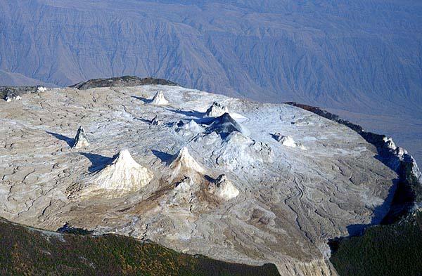 Der aktive Nordkrater des Ol Doinyo Lengai Vulkans