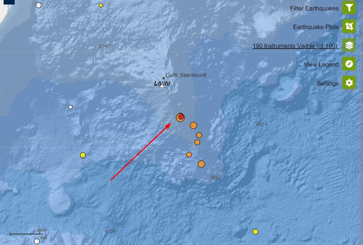Arrow shows the earthquake position under the Loihi volcano yesterday (image: HVO)