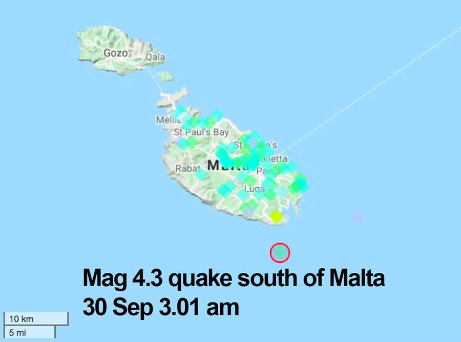 Location and user reports for this night's quake south of Malta