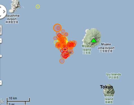 Map of recent quakes near Miyake-Shimy volcano
