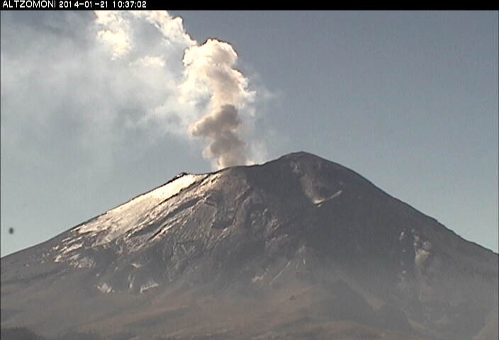 Small eruption from Popocatépetl yesterday