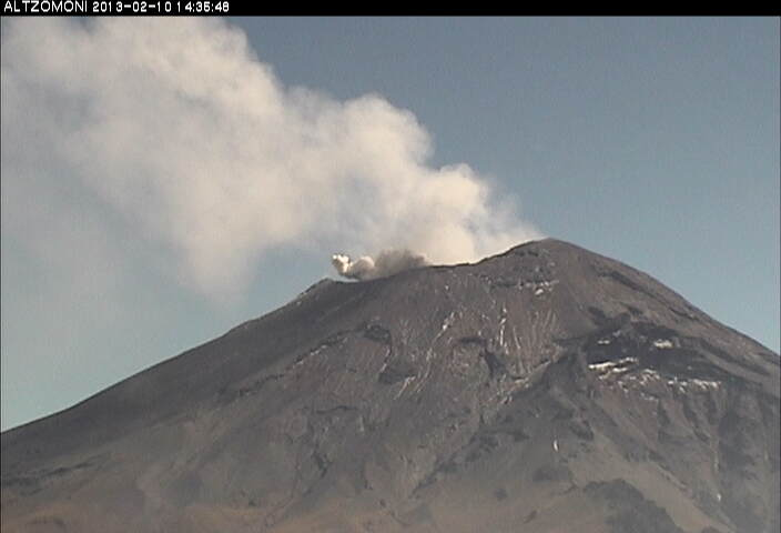 Small explosion from Popocatépetl