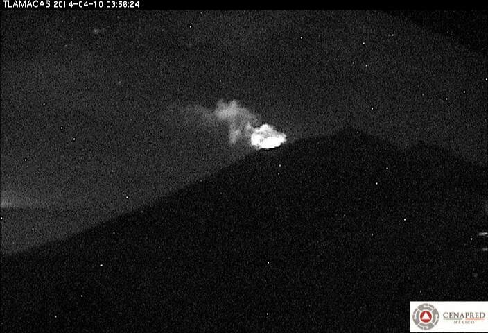 Small explosion at Popocatépetl this morning (CENAPRED)