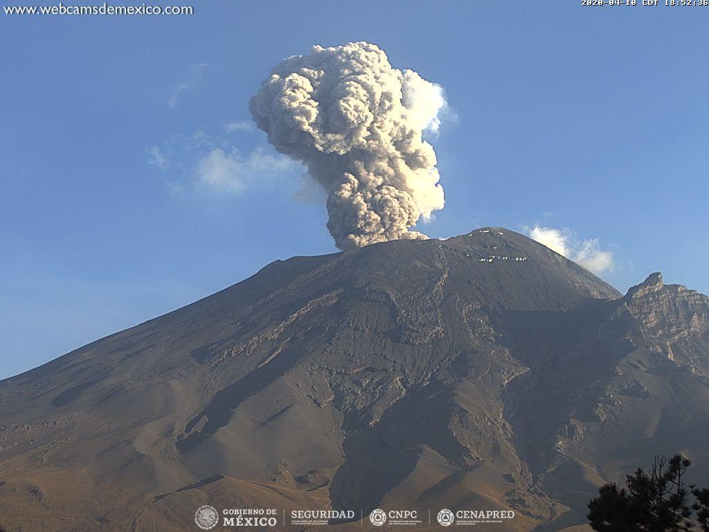An eruption from Popocatépetl volcano (image: CENAPRED)