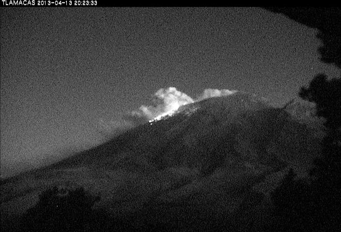 Explosion from Popocatépetl yesterday night