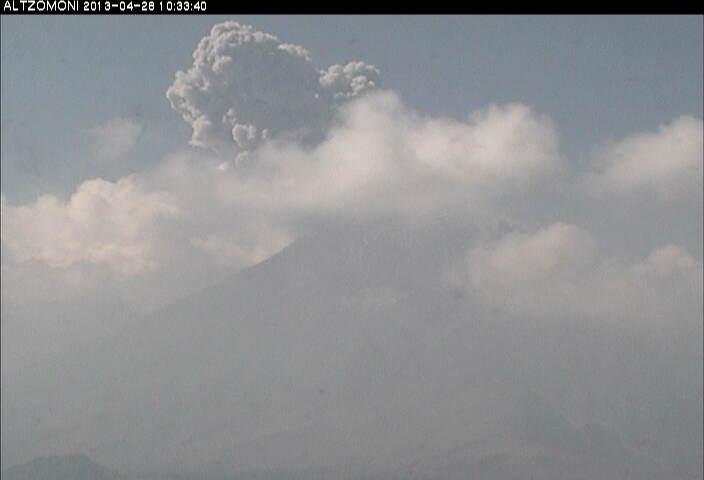 Explosion from Popocatépetl yesterday morning