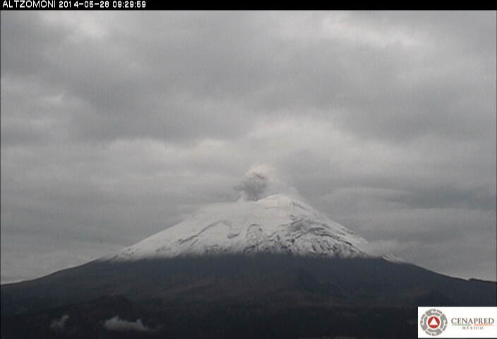 Small ash emission at Popocatépetl yesterday