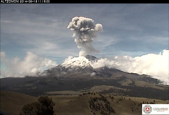 Explosion from Popocatépetl yesterday